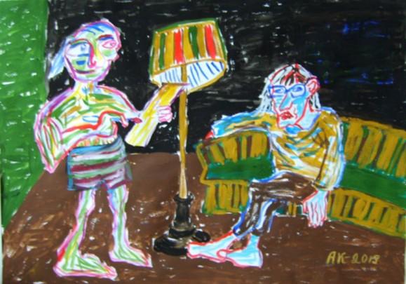 Kaksi kirjavaa ihmishahmoa sisätilassa, toinen istuu sohvalla, välissään lamppu. Taustalla vihreää, ruskeaa, mustaa.