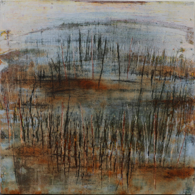 Tunnelmallinen abstrakti maalaus. Ruosteen väriä, harmaata, valkoista, mustaa. Tummia raaputettuja vertikaalisia jälkiä.