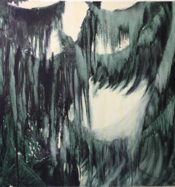 Abstrakti maalaus. Teräviä muotoja, tummanvihreää valkoisella.