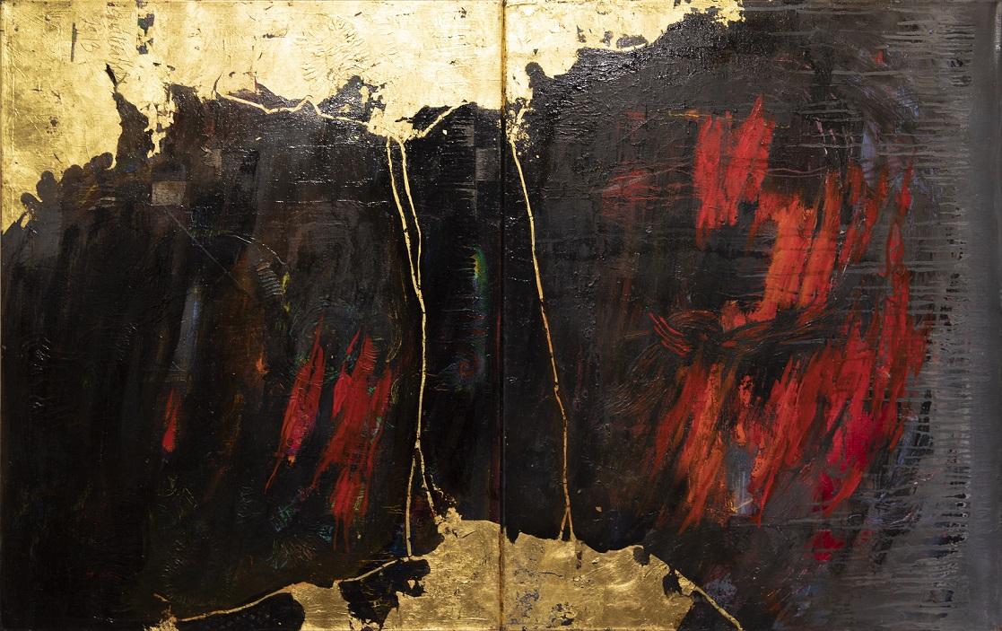 Kahdelle kankaalle toteutettu abstrakti maalaus. Kultamaalia, mustaa, tummanruskeaa, kirkkaanpunaistam harmaata, valumia.