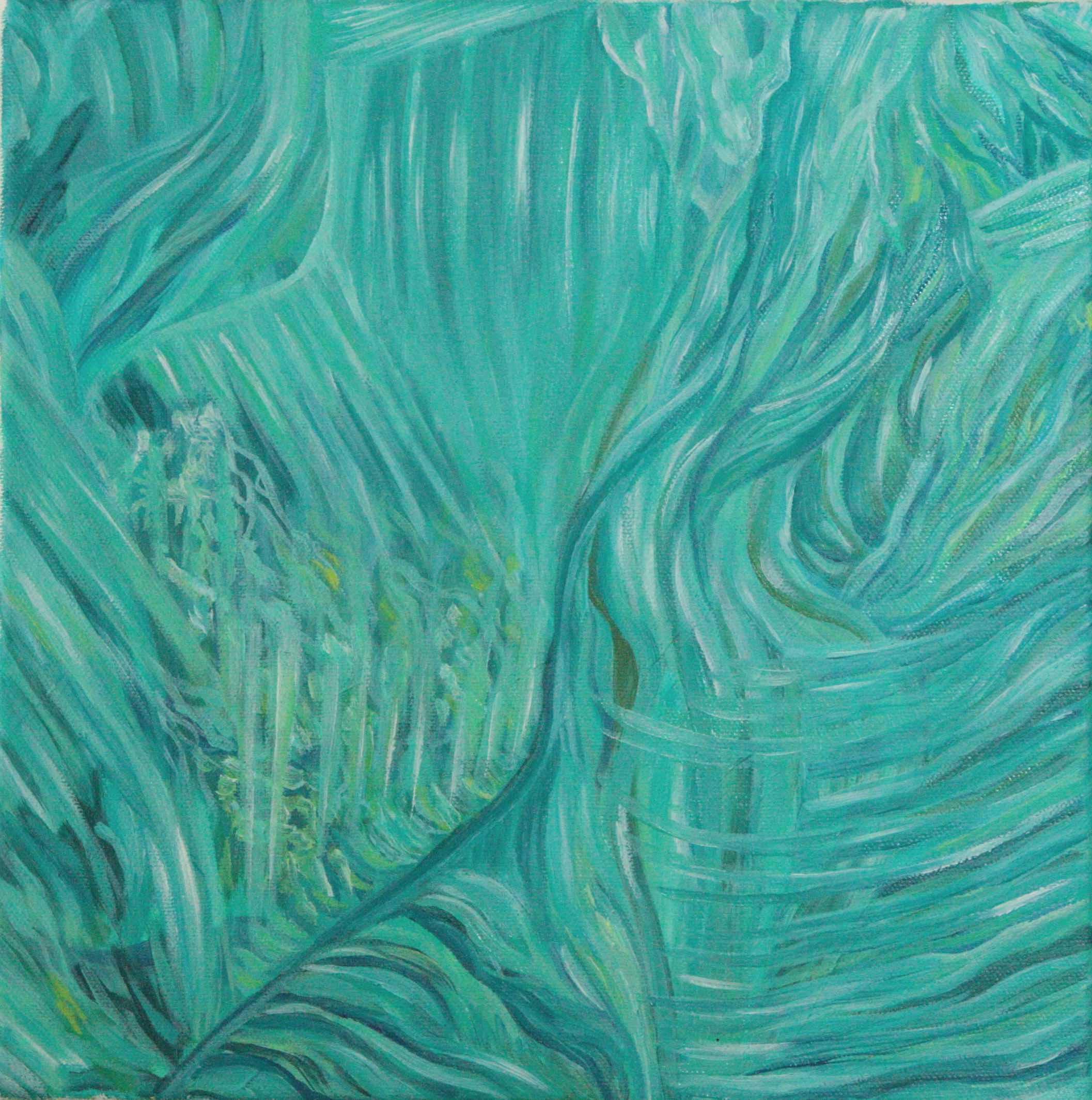 Turkoosin, vaaleanvihreän ja vaaleansinisen sävyissä läpinäkyvä mineraalikoostuma.
