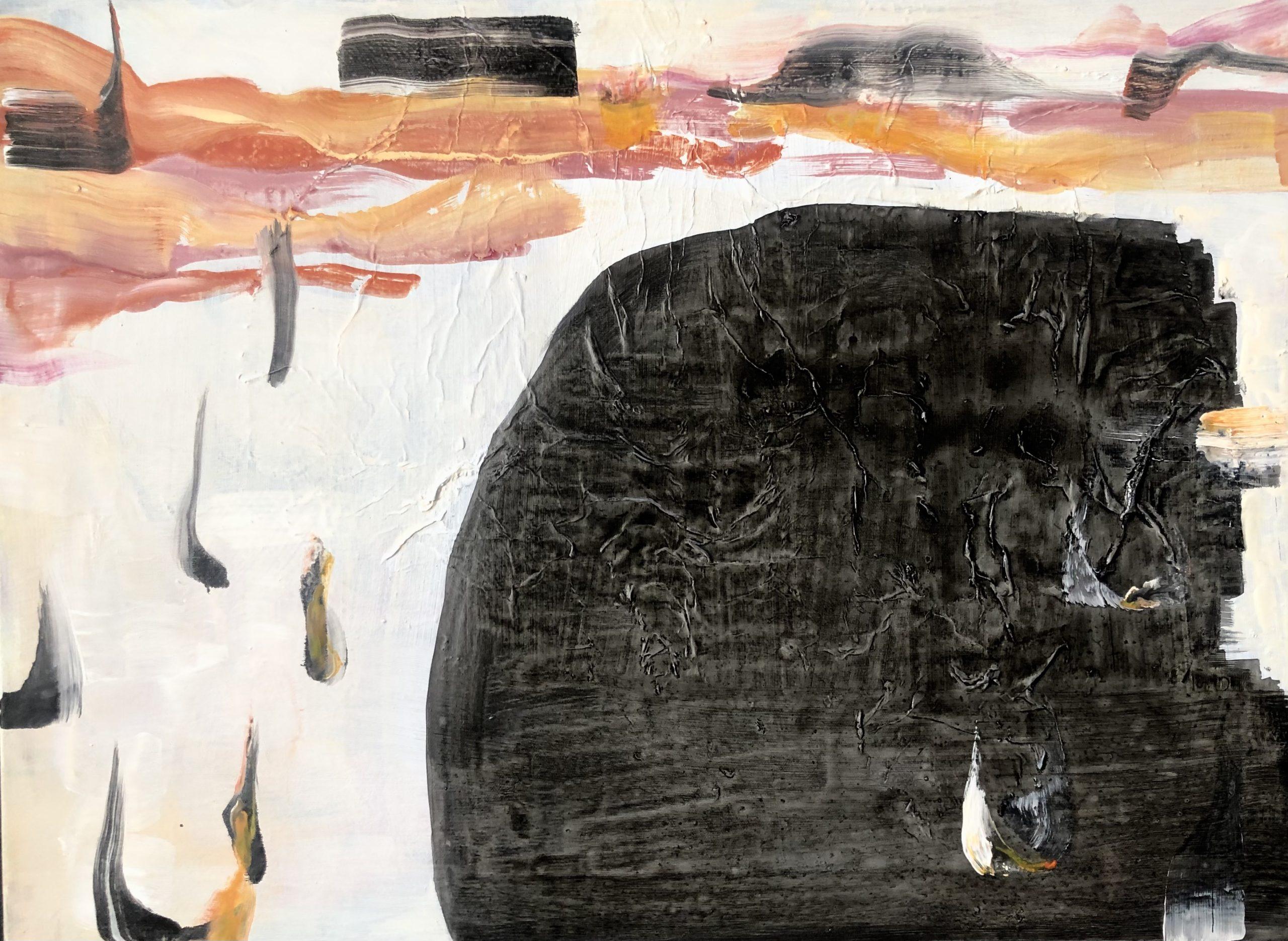 Abstrakti mustavalkoinen maalaus, pinta osittan rypytettyä papperia, tunnelmaltaan rauhallinen ja harmoninen.